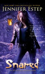 Snared, by Jennifer Estep book cover